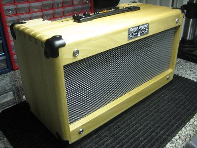 Tweed Deluxe Head Cabinet